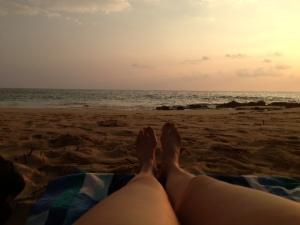 HawaiiLayingOnBeach